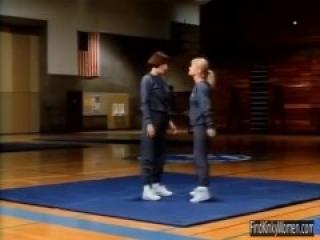Feds (1988) Ballbusting