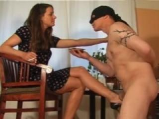 Mel ballbusts her ashtray servant