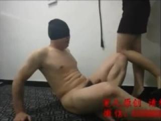 Chinese mistress ballbusting