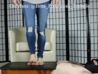Cock box crush in blue jeans and bare feet Onlyfans leak Bitta VonSweet