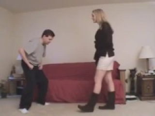 Krystal Ballbusting in Boots(for 24H pubblic then will be private)