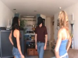 Ballbusting hot girls