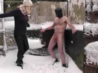 Nikki Whiplash warm up ballbusting in the snow