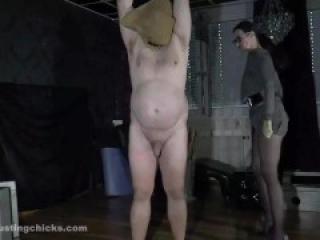 Ballbusting - Prisoner jerked off
