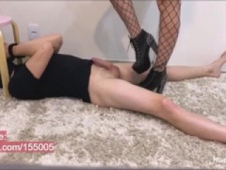 Hard Ballbusting Spike Boot