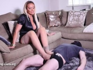 Ballbusting and trample in Nylon